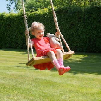 tree-swings-makemesomethingspecial.jpg
